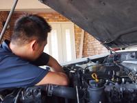エンジンやミッションの状態などを必ず確認